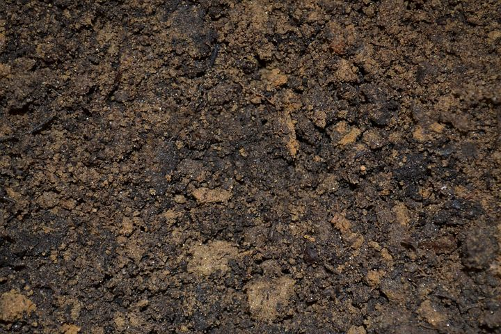 Double screened topsoil delivered across South & West Yorkshire